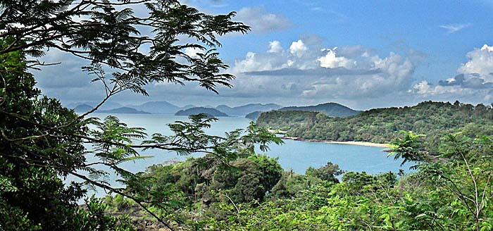 'View over the Tropical Islands World around Ko Chang' by Asienreisender