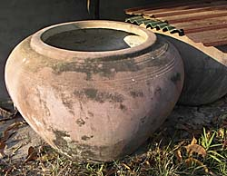 A common Stone Jar in contemporary Southeast Asia by Asienreisender