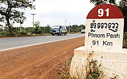 National Road No. 4 in Cambodia by Asienreisender