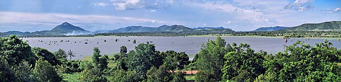 'The Secret Lake around Kampot' by Asienreisender