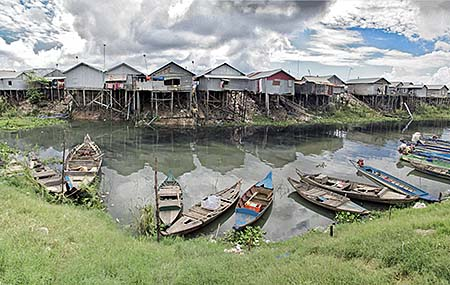 'Stilt Houses at the Shores of Tonle Sap' by Asienreisender
