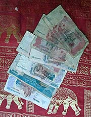 'Cambodian Money' by Asienreisender
