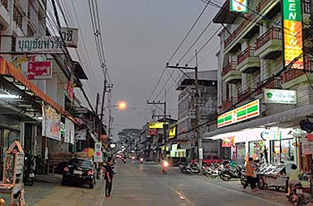 'Chiang Khong's Main Road at Dusk' by Asienreisender